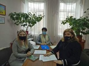 Центр та КПНУ